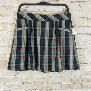 NWT Old navy pleated plaid skirt size 4